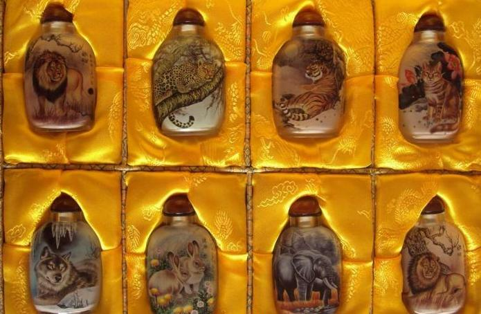 Beijing crystal snuff bottle interior painting