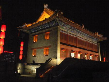 Xi'an city wall gate building's history