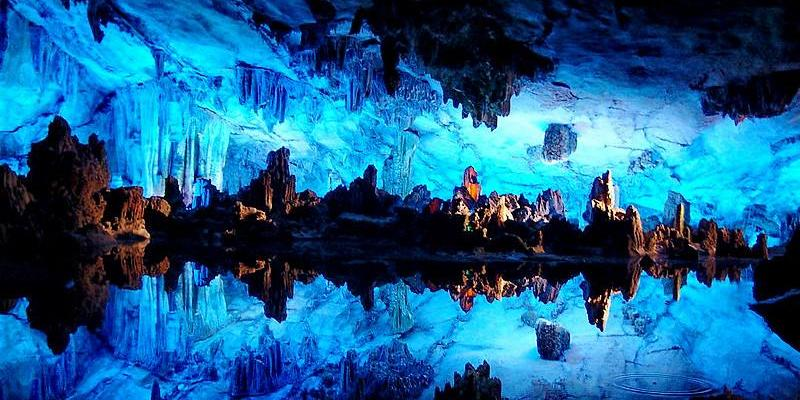 Guilin Liriver Crown cave